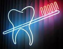 florun dişlere yararları dişler için florlu diş macunu kullanımı